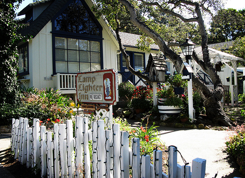 Lamplighter inn carmel for Lamplighter carmel