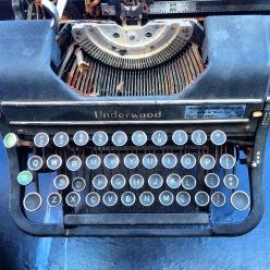 typewriter-square