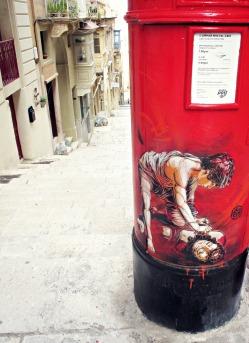 Pillar box art