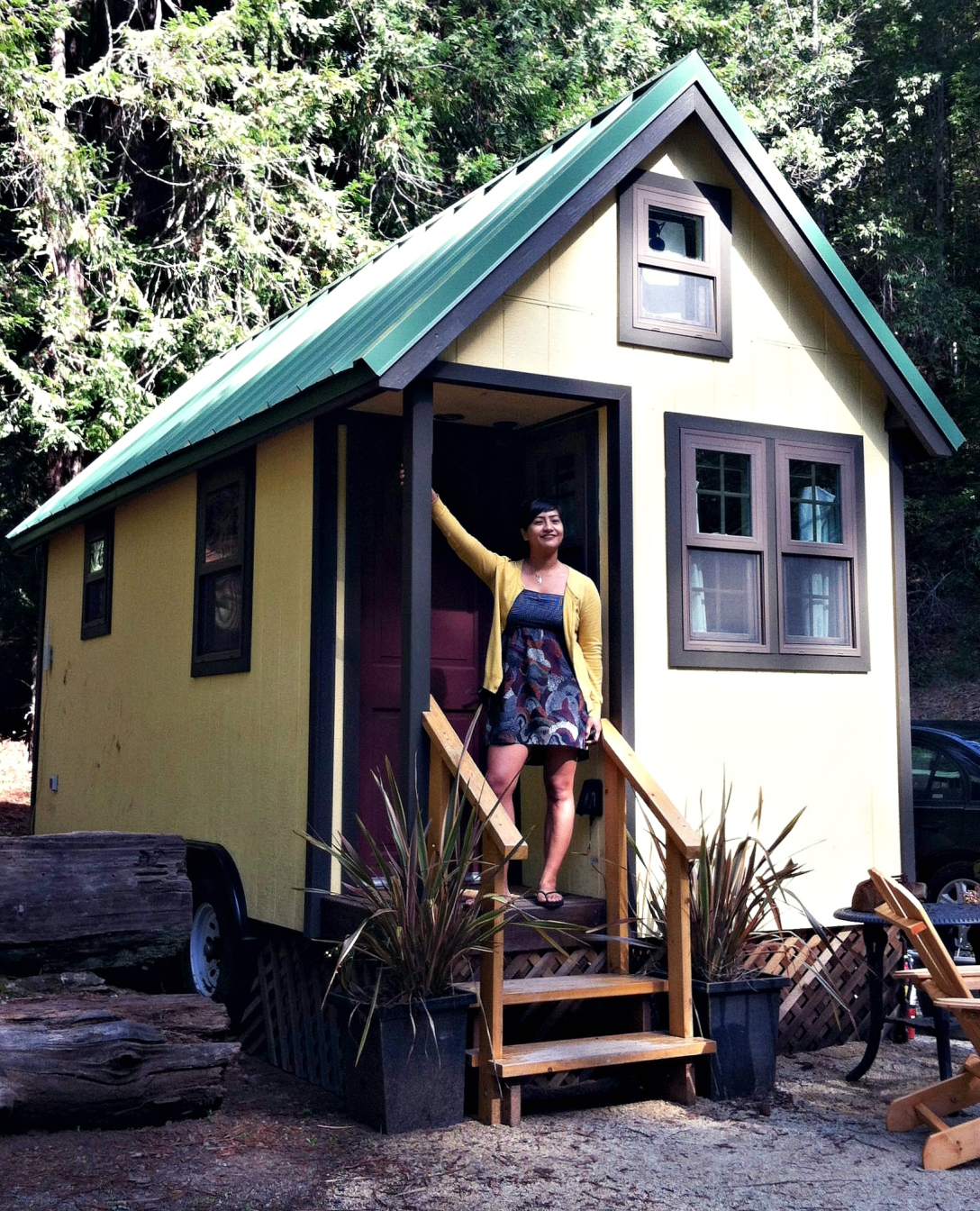 A tiny house on wheels in the woods of Healdsburg, where we stayed in March 2014.