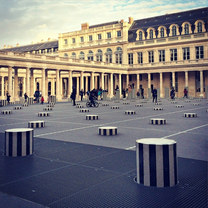 palais royal courtyard