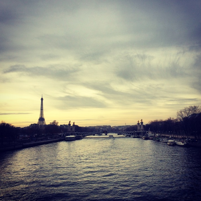Tour Eiffel and Seine