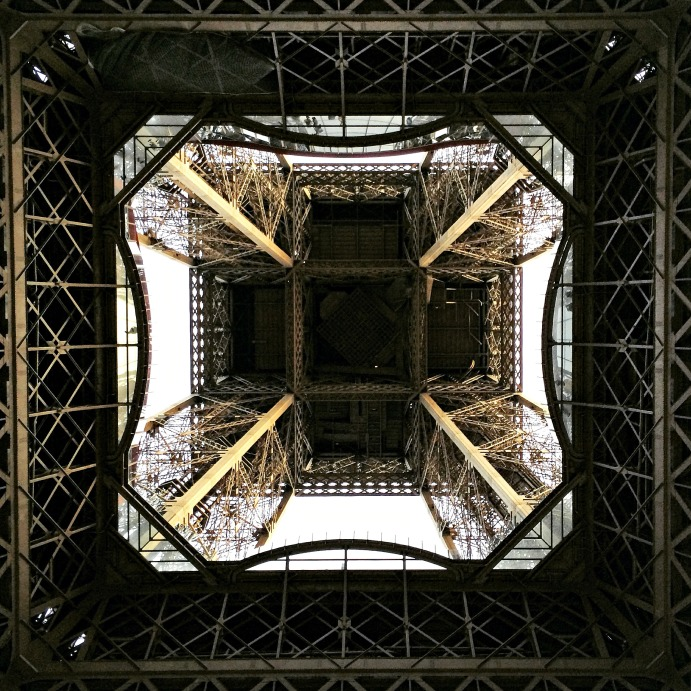 Tour Eiffel from underneath