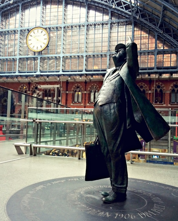 Martin Jennings' statue of Sir John Betjeman.