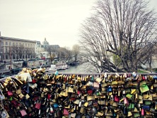 Love locks on Ponts des Arts