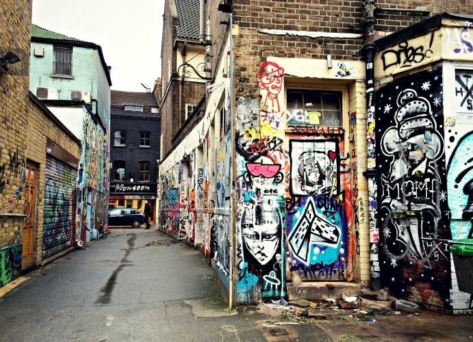 Street art alley