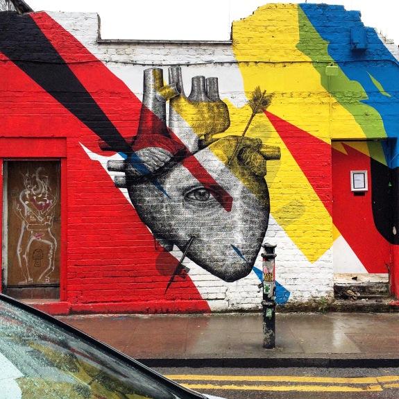 Street art heart