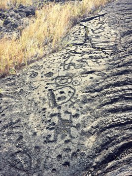 The petroglyphs at Pu'u Loa (or, volcanic emoji).
