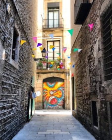 Alley, El Born, Barcelona, Spain