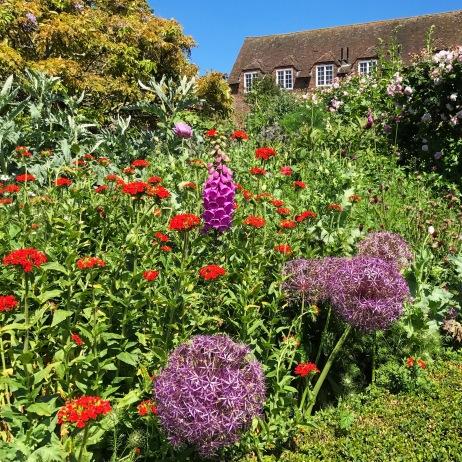 Gardens, Leeds Castle, Kent